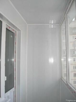 Обшивка и утепление стен и потолков гипсом, пластиком.
