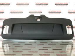 Обшивка крышки багажника VW Passat B7 USA 2012-2015 561-867-605-F-82V