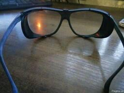 Очки защитные , пластмассовые. -82шт по 30грн