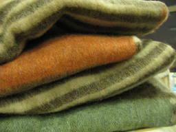 Одеяла полушерстяные (100% шерсть) 140х205 Уют