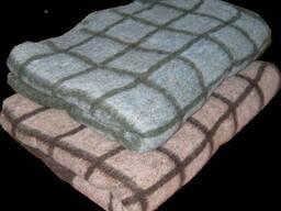 Одеяла полушерстяные размер 145 на 210, одеяла разные