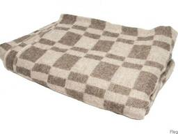 Одеяла полушерстяные (70% шерсти) 140х205