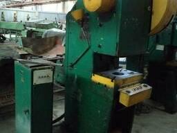 Однокривошипный пресс КД2124 Е 25 тонн