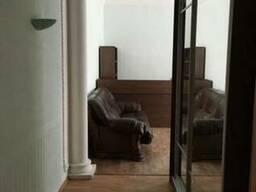 Офис, свой вход, Центр , мебель!