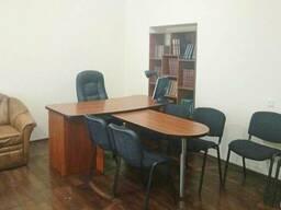 Офис в Киеве 175м2, 1 этаж, свой вход. Окупаемость 6,5 лет