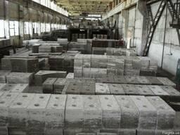 Огнеупорные формованные ( блоки, плиты и др.) изделия.