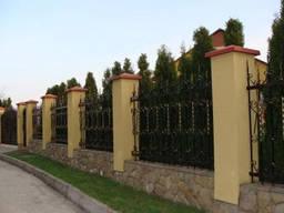 Огорожа, паркани – будівництво, зведення, монтаж