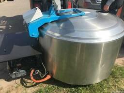 Охладитель молока на 800, 900 литров. БУ. Киев. Украина.