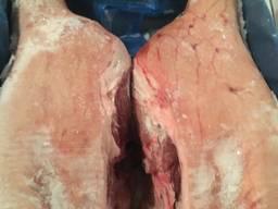 Окорок свиной на кости