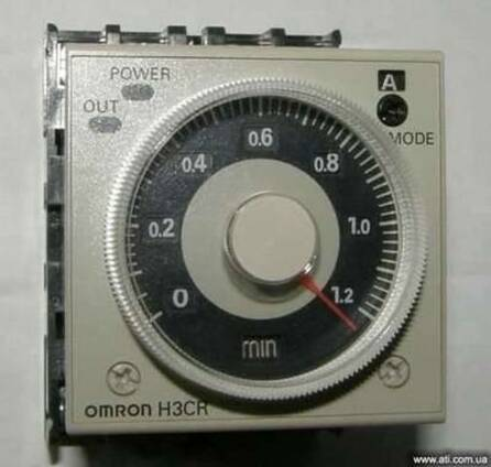 OMRON H3CR-А 0,1сек. -300час. реле времени