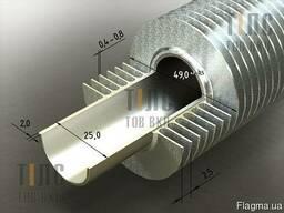 Оребренная труба стальная 25х2х49 мм