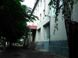 Оренда!м. Лебедин, вул. Героїв Майдану, 25 та оренда гаражів