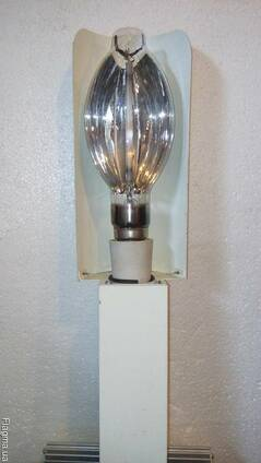 Освещение теплиц, светильники для теплиц, лампы для теплиц.