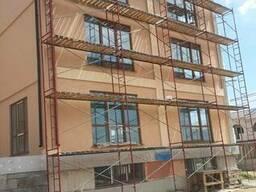 Отделка фасада короедом и мраморной штукатуркой в Феодосии - фото 3