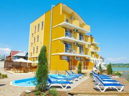 Отель (гостиница) на морском побережье, Вапнярка