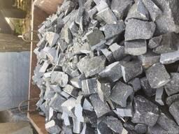 Отходы от брусчатки и камнеобработки,мелкий бутовый камень