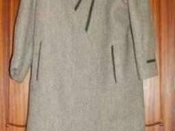 Пальто драповое женское, новое, с меховым воротником
