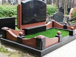 Памятники , мемориальные комплексы из гранита