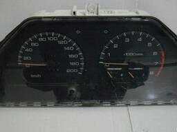 Панель приборов Mitsubishi Lancer(1988-1991)