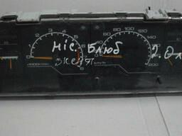 Панель приборов Nissan Bluebird (1983-1990)