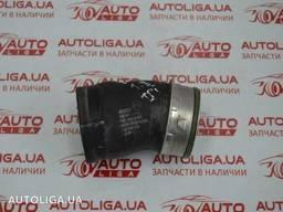 Патрубок интеркулера AUDI Q3 12-17 бу