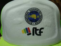 Печать на кепках в Днепре
