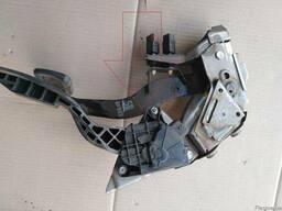 Педаль газа (акселератора) 18002-CA100 на Nissan Murano Z50