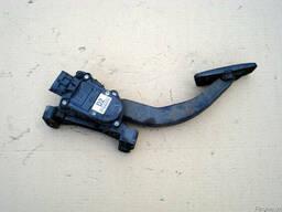 Педаль газа (акселератора) 32700-2F210 на Kia Cerato 04-09 (