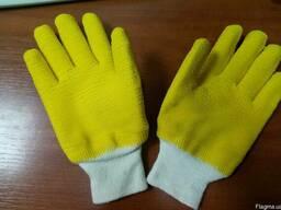 Перчатки рабочие покрытые латексом с вязаным манжетом