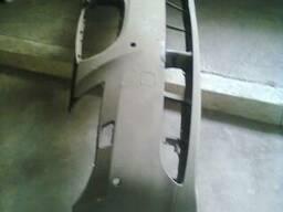 Передний бампер на BMW 520i