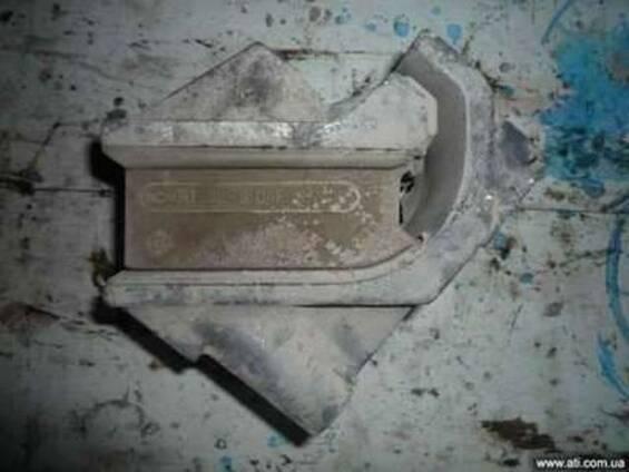 Передняя подушка двигателя DAF б/у