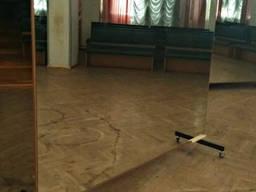 Передвижное зеркало в танцевальную студию