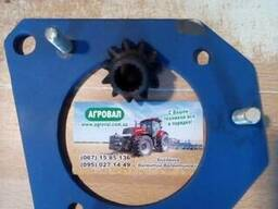 Переходная плита с шестерней бендикса для переоборудования трактора МТЗ 80 с пускача. ..