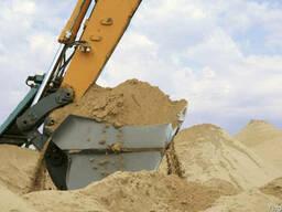 Песок речной и овражный. Грунт на подсыпку. Доставка.