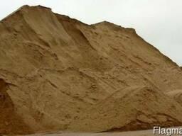 Пісок річковий та овражний грунт на подсыпку, щебінь, відсів