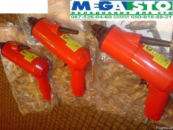 Пистолет для шипов ПШ-8
