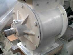 Питатель шлюзовый для зерна Р3-БШЗ