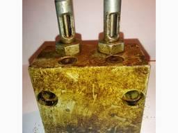 Питатель смазочный двухлинейный 2-0200-3К