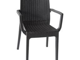 Пластиковое кресло Dafna