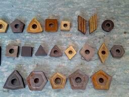 Пластины твердосплавные победитовые к резцам токарным