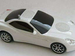 Плеер-колонка в виде автомобиля Aston Martin