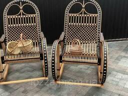 Плетеное кресло качалка из лозы и ротанга раскладное...