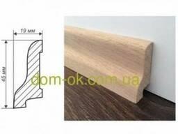 Плинтус деревянный из дуба или ясеня размер 45х19 мм ТИП 26