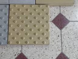 Плитка тактильная бетонная 300х300х50 мм