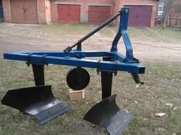 Плуг двохкорпусний на мінітрактор трьохточкове кріплення