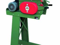 Плющилка зерна тип 103