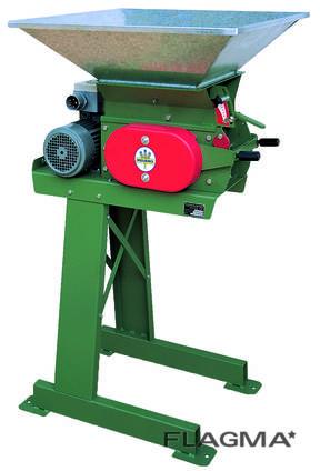 Плющилка зерна тип 203