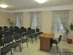 Почасовая аренда уютного конференц-зала с отдельным входом с