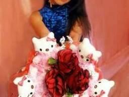 Подарок девушке - букет из мягких игрушек