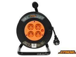 Подовжувач електричний на котушці Sthor 40 м 1 мм² 4 гнізда 3-жильний